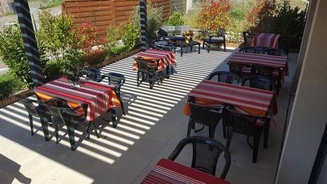 terrasse_ete_restaurant_lentre2